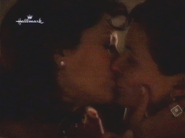 Lesbian scenes from an unexpected love