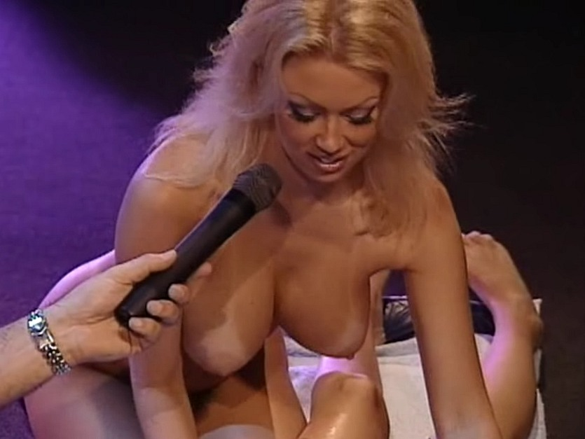 image Howard stern show girl on sybian