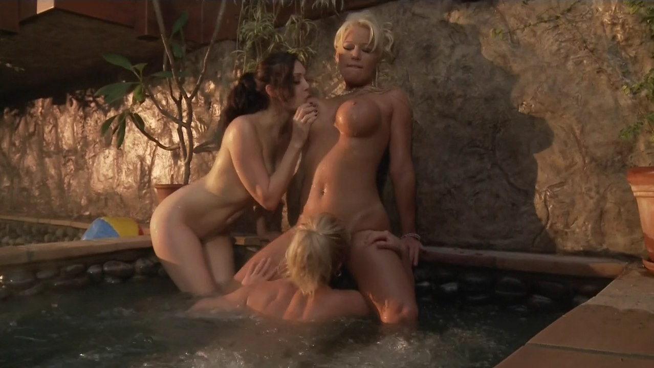 young desi nude babes
